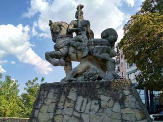 Вокруг стен древнего Киева