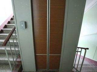 Заложники лифта. Часть 1